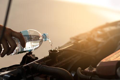 冷却水が減っていたら「水道水」を補充してもいい?