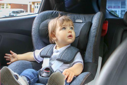 チャイルドシート他人の車も必要?お出かけテンションでも装着すべき絶対理由