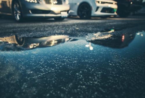 車の雨染みができる原因