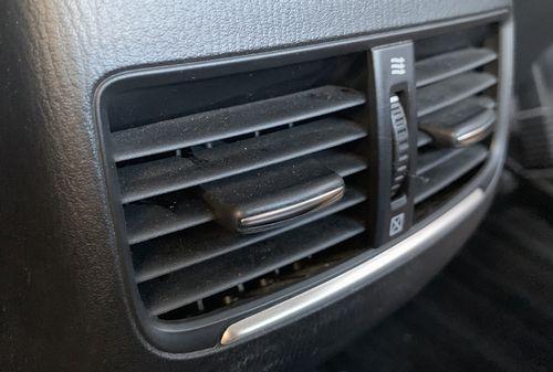エアコンが効かなくなる前にエアコンガス量の確認をしよう